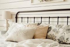 1586558788_American-Farmhouse-Style-Ideas