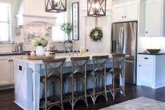 1587645350_American-Farmhouse-Style-Ideas