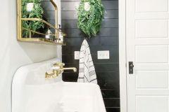 1586734188_Farmhouse-Bathroom-Ideas