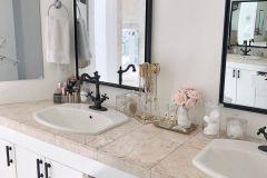 1587038504_Farmhouse-Bathroom-Ideas