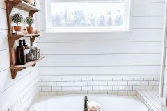 1587081900_Farmhouse-Bathroom-Ideas