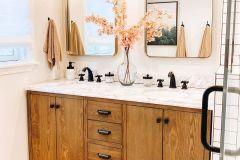 1587429645_Farmhouse-Bathroom-Ideas