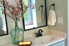 1588600749_Farmhouse-Bathroom-Ideas