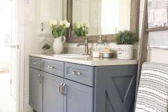 1589207666_Farmhouse-Bathroom-Ideas