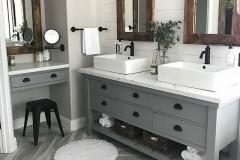 Farmhouse-Bathroom-Design-Ideas-2