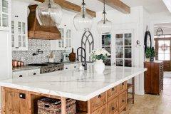 1587602807_Farmhouse-Dining-Room-Ideas