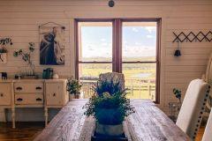 1588557100_Farmhouse-Dining-Room-Ideas