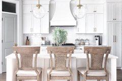 1588687610_Farmhouse-Dining-Room-Ideas