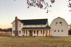 1586863308_Farmhouse-Exterior-Ideas