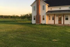 1586906946_Farmhouse-Exterior-Ideas