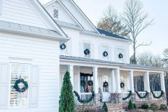 1587428281_Farmhouse-Exterior-Ideas