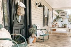 1587818436_Farmhouse-Exterior-Ideas