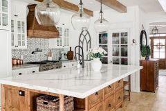 1586864077_Farmhouse-Kitchen-Ideas