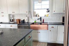 1586907486_Farmhouse-Kitchen-Ideas