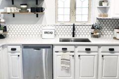 1587429219_Farmhouse-Kitchen-Ideas