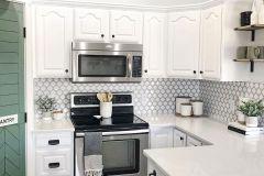 1587732840_Farmhouse-Kitchen-Ideas