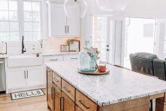 1587863083_Farmhouse-Kitchen-Ideas