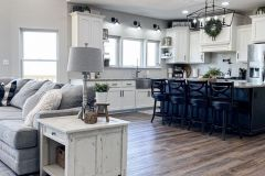 1588209919_Farmhouse-Kitchen-Ideas