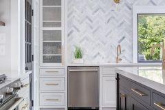1588253313_Farmhouse-Kitchen-Ideas