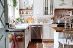 1588296798_Farmhouse-Kitchen-Ideas