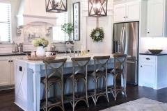 1588383469_Farmhouse-Kitchen-Ideas