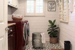 1588556926_Farmhouse-Kitchen-Ideas