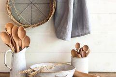 1589813455_Farmhouse-Kitchen-Ideas