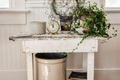 1586602361_Farmhouse-Living-Room-Ideas
