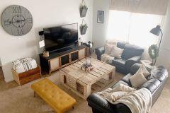 1586907411_Farmhouse-Living-Room-Ideas