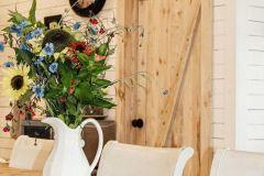 1588989782_Farmhouse-Living-Room-Ideas