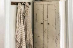 1589986535_Farmhouse-Living-Room-Ideas