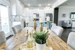 1586994042_Farmhouse-Table-Decor-Ideas