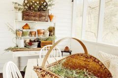 1587732443_Farmhouse-Table-Decor-Ideas