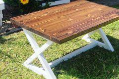 1588773068_Farmhouse-Table-Decor-Ideas