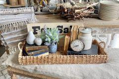 1588946147_Farmhouse-Table-Decor-Ideas