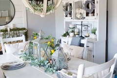 1589292776_Farmhouse-Table-Decor-Ideas