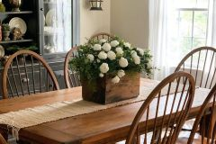 1589422652_Farmhouse-Table-Decor-Ideas