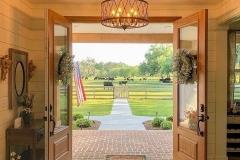 Farmhouse-Table-Decor-Ideas