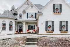 amazing-Christmas-ideas-for-farmhouses-24