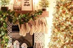 amazing-Christmas-ideas-for-farmhouses-31