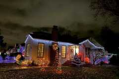 amazing-Christmas-ideas-for-farmhouses-38