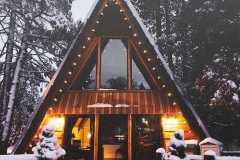 amazing-Christmas-ideas-for-farmhouses-70
