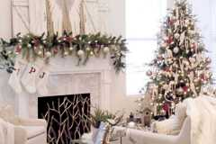 amazing-Christmas-ideas-for-farmhouses-72